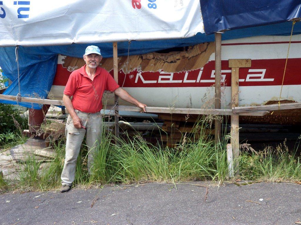 s/y Kalisia, a w zasadzie to co z jachtu pozostało. Szkutników czeka długa praca, a nas spore koszty.